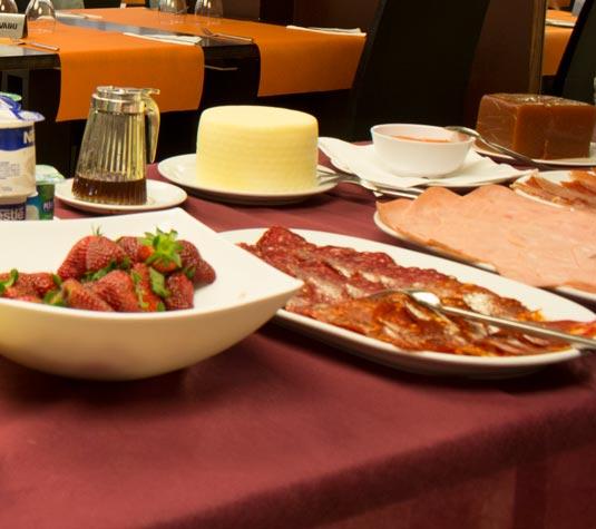 dpcristal-restaurante-albergue-principal1