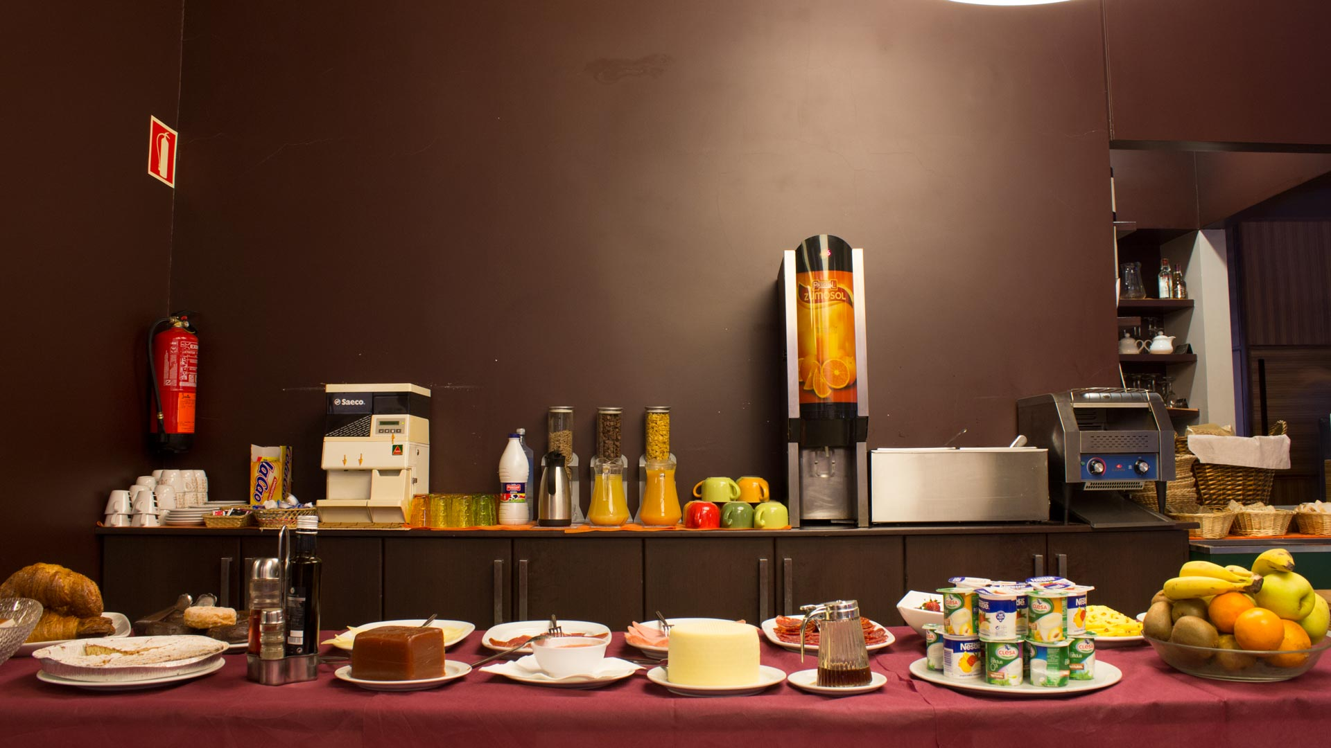 dpcristal-restaurante-albergue-slider1